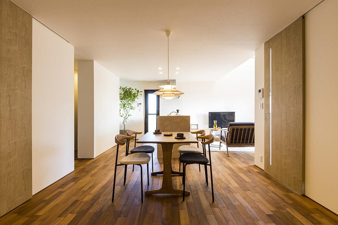 熊本で家を建てるなら愛住宅。熊本市西区城山 モデルハウスリビング
