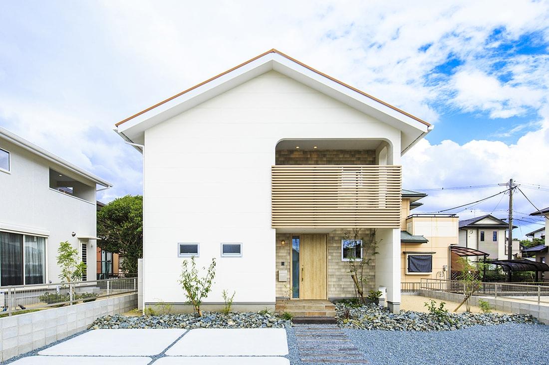 熊本で家を建てるなら愛住宅。北区梶尾町モデルハウス外観